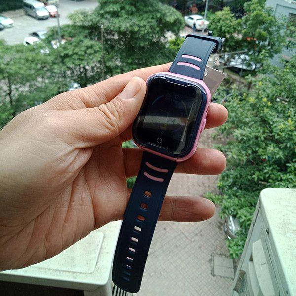 Đồng Hồ Định Vị Trẻ Em GPS, Chống Nước IP67, Hỗ Trợ Camera, Gọi Video Call 4G Kidpro7 Màu Hồng 3
