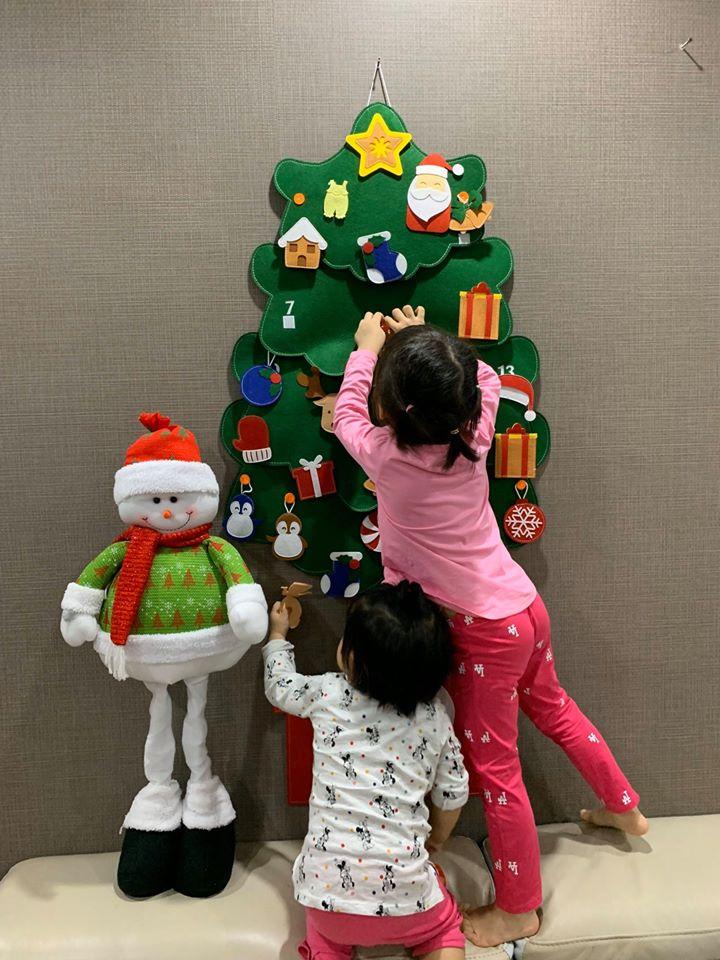 Cây Thông Noel Giáng Sinh Hạnh Phúc treo tường Cỡ lớn 7